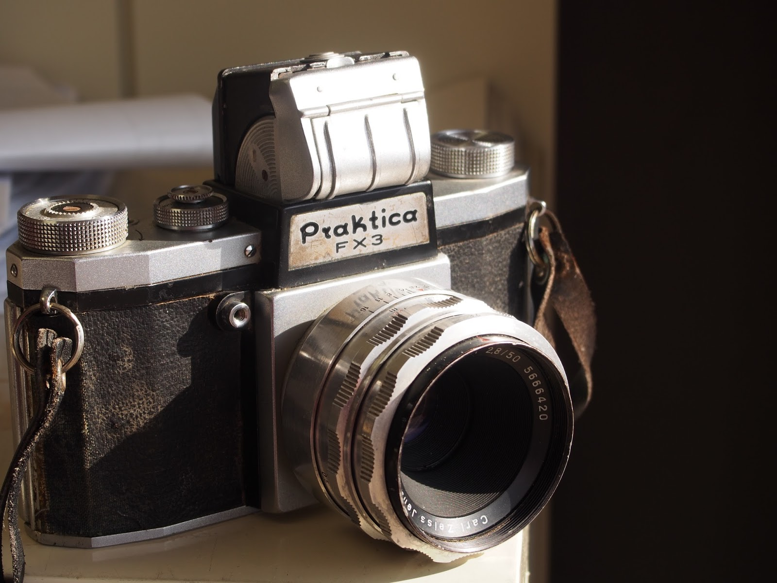 A quirky guy with a camera: big quirk small format: the praktica fx3