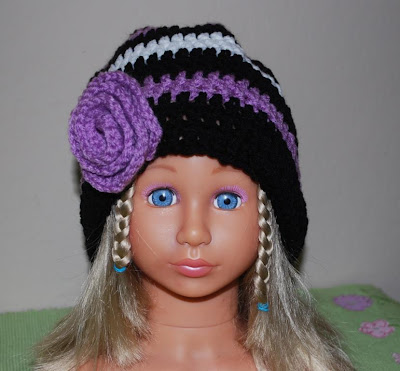 Beanie with  crochet flower