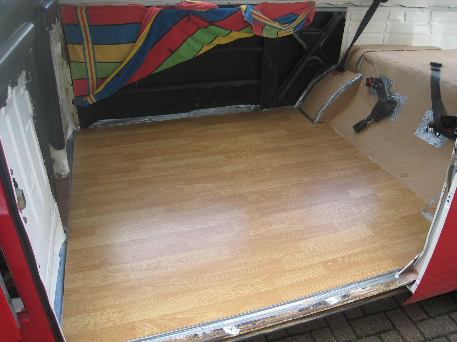 No Glue Flooring : Laminate flooring lay no glue