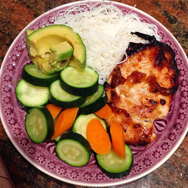 Baked Sesame Garlic Chicken with Rice Noodles, Steamed Vegetables and Avocado