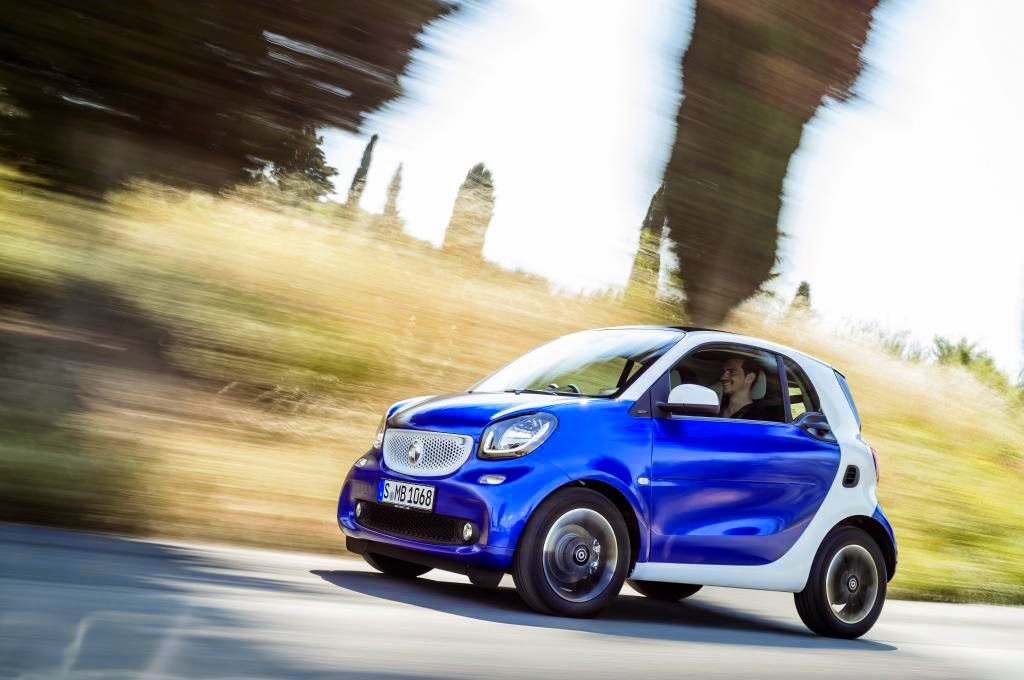 2016 Smart ForTwo driving