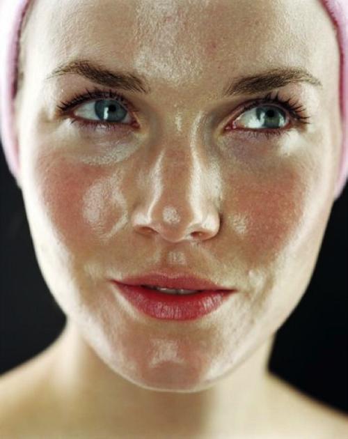 La faccia utile imballa i pori di pulizia