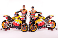 Honda RC213V 2012 (Stoner and Pedrosa) Front Side