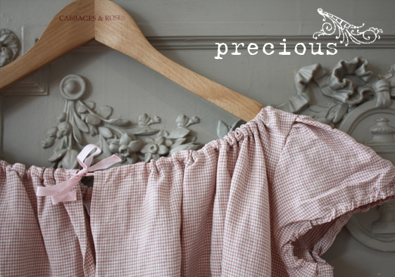 Precious Cabbages & Roses pale pink gingham top