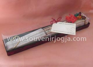 undangan pernikahan kipas gg.plastik box mika exclusive