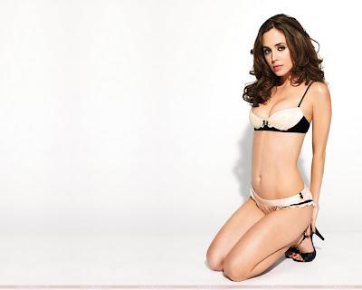 Eliza Dushku Wallpaper in Bikini