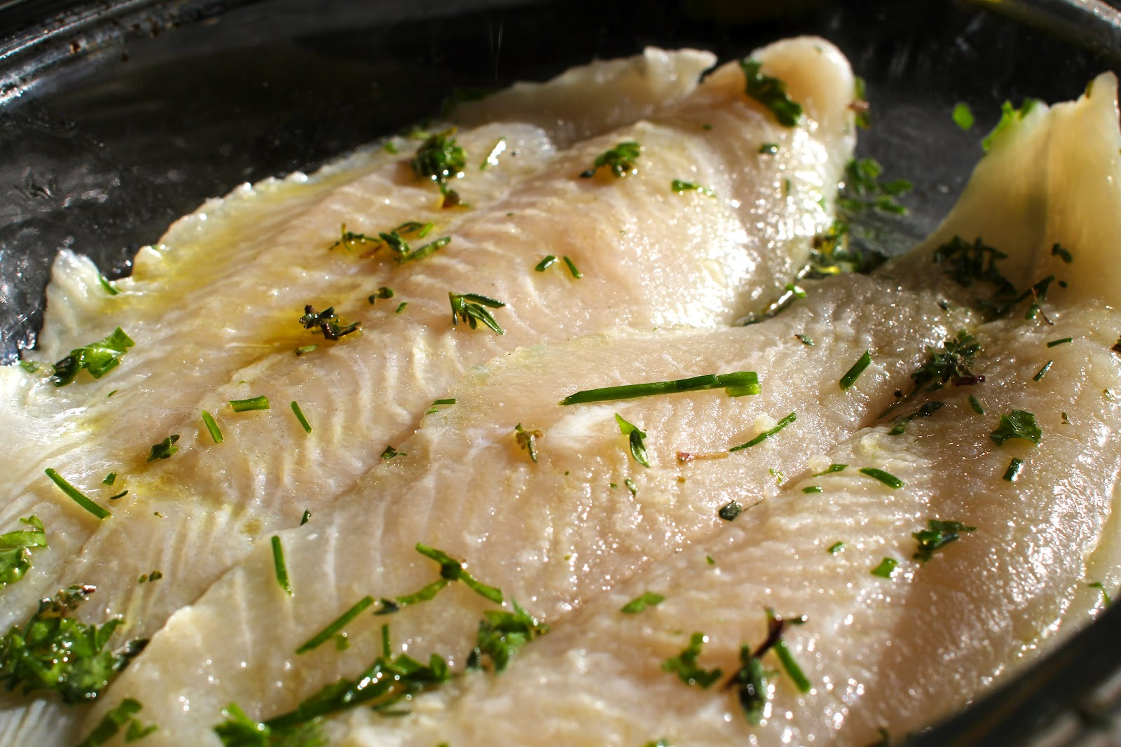 Mamacook baked white fish with herbs for Baked white fish