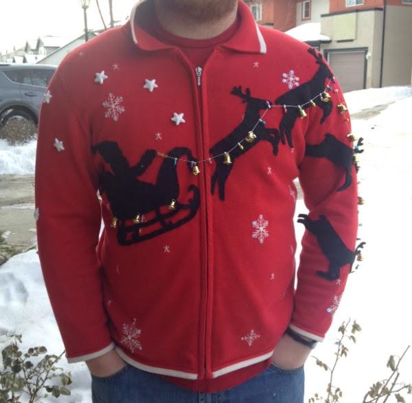 xmas sweater, snowflakes, reindeer,