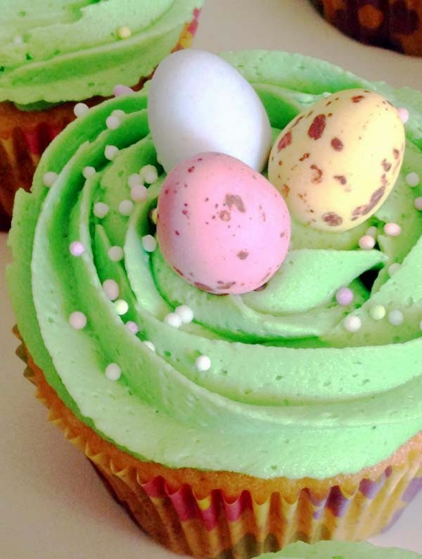 Easter Vanilla Cupcakes w/ Mini Cadbury Eggs