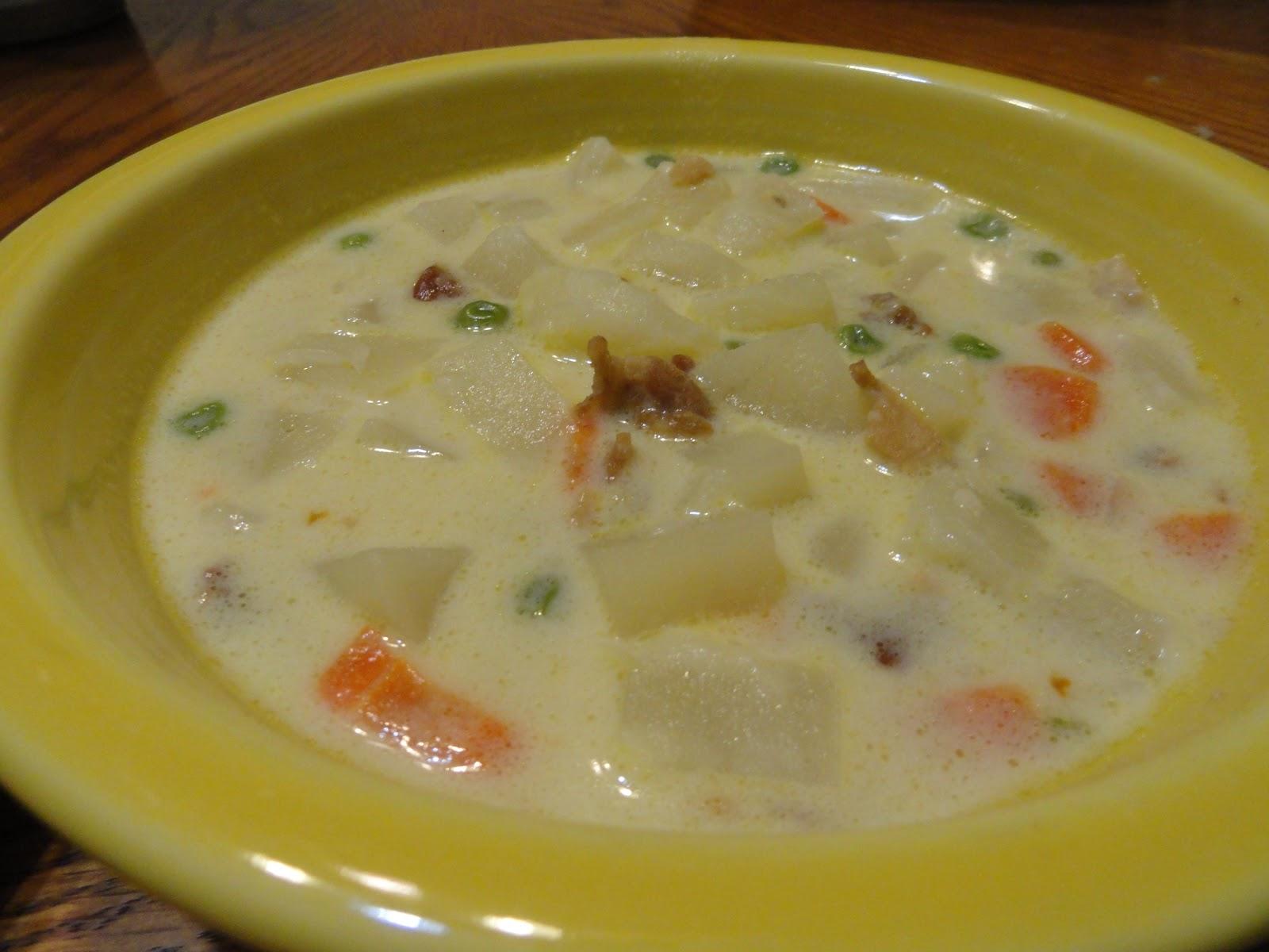 Hungry Hintons: Creamy Potato Bacon Soup
