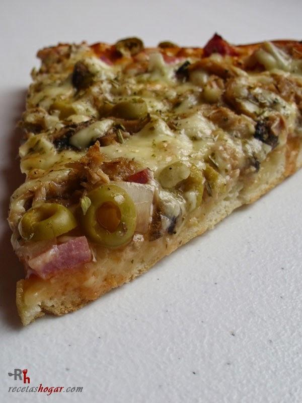 Pizza cuatro estaciones casera