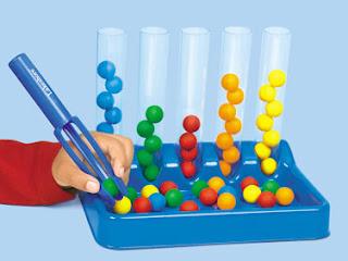 bolinhas,Coordenação Motora,coordenação motora fina, educação infantil,brincar,brincadeiras,creche,