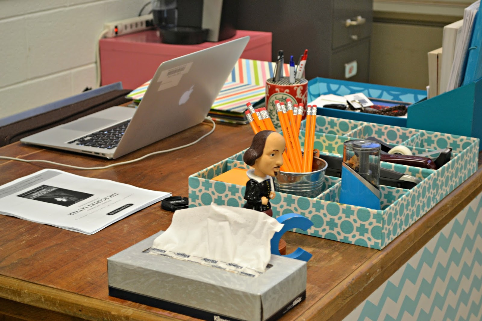 E myself and i teaching tuesday decoration and - Classroom desk organization ideas ...