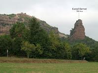 El Castell Bernat i el seu entorn des del Pla de Morgaders