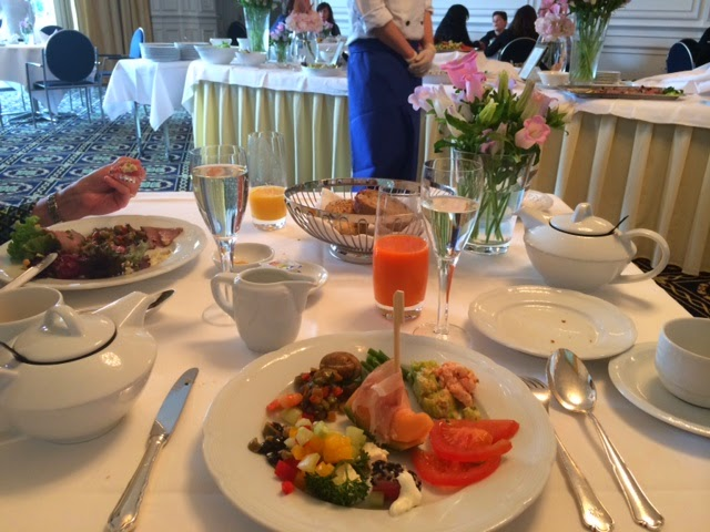 A secret blogger mother 39 s day brunch at palace luzern hotel for Prime fish brunch