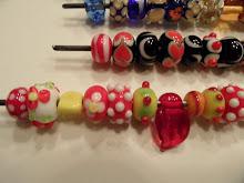 Pack de 100 perlasde murano fabricadas artesanalmente, surtidas. Todas únicas.
