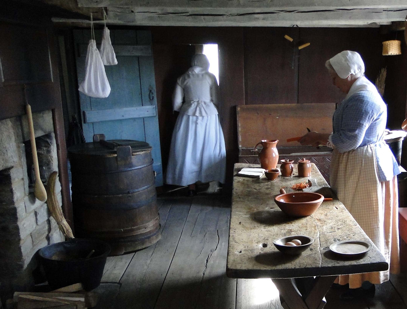 Colonial Kitchen Passion For The Past Cooking On The Hearth The Colonial Kitchen