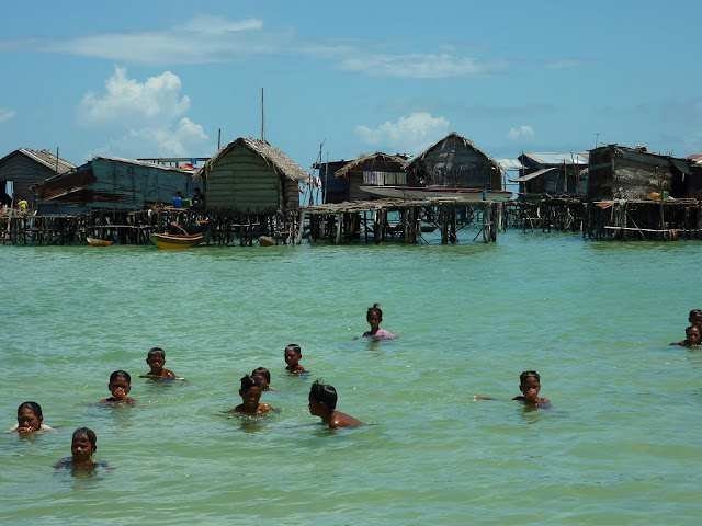 Bajau Laut children