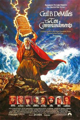 Los 10 Mandamientos (1956) Antiguo Egipto. Espectacular superproducción que narra la historia de Moisés (Charlton Heston), favorito de la familia del faraón, que decide renunciar a su vida de privilegios para conducir a su pueblo, los hebreos, hacia la libertad. Drama bíblico con un deslumbrante reparto de estrellas de Hollywood. Obtuvo siete nominaciones a los Óscar -incluyendo mejor película- y se llevó el más obvio: el de los mejores efectos especiales.