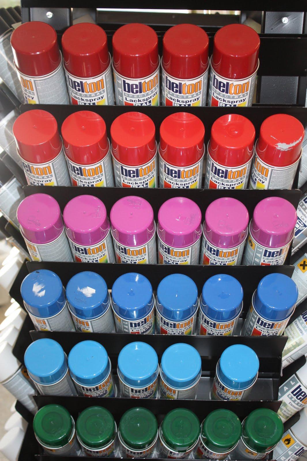 trä färg på sprayburk