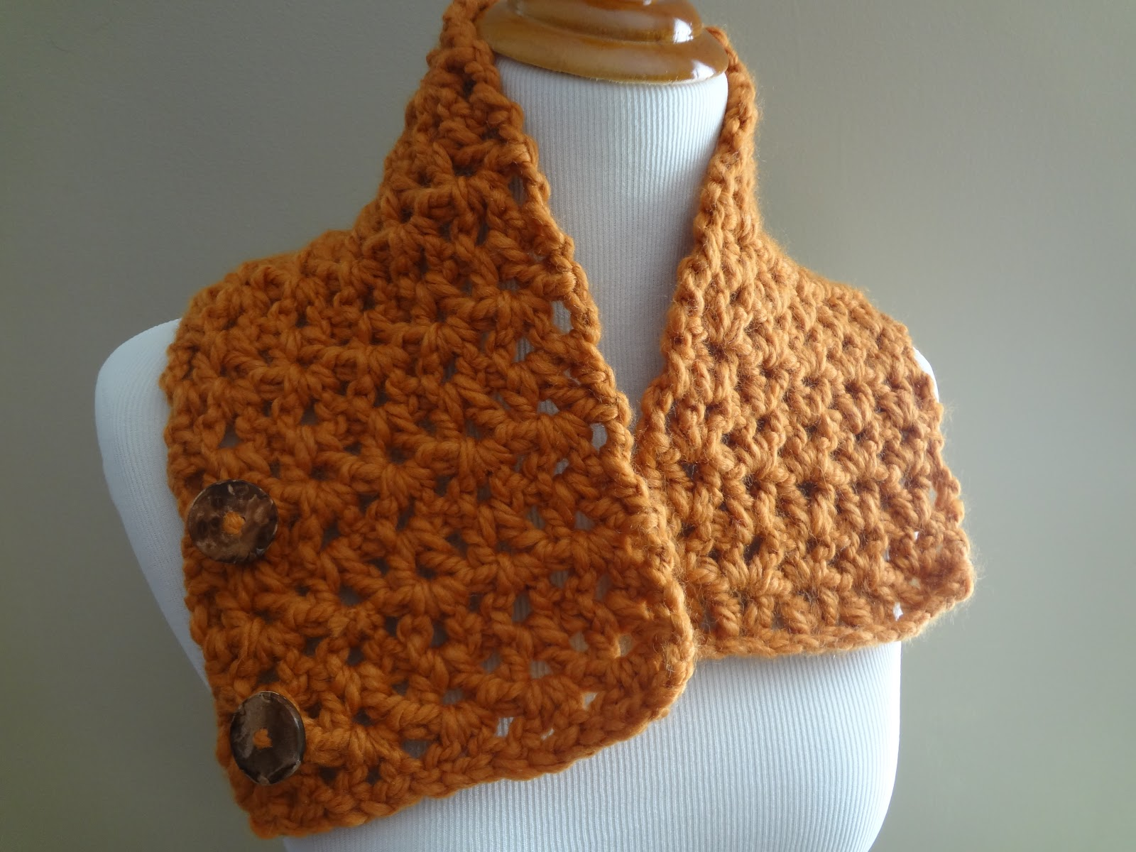 Fiber flux free crochet patternbutternut squash neckwarmer length the neckwarmer pictured is 26 inches long if you need yours to be a bit longer just work extra rows as needed until desired length is reached bankloansurffo Gallery