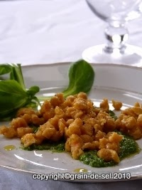 http://salzkorn.blogspot.fr/2014/02/sags-mit-pasta-karottenknopfli-mit.html
