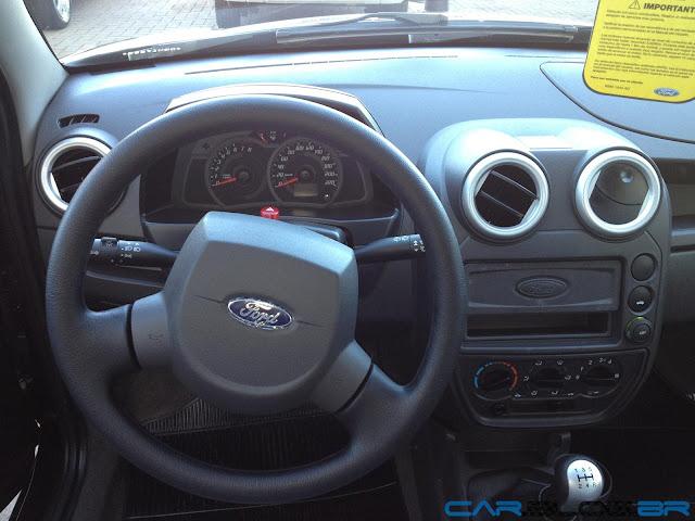 Ford Ka 2013 - volante