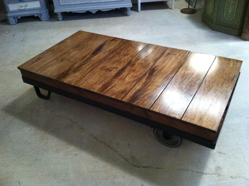 Charmant Luggage Cart Coffee Tables