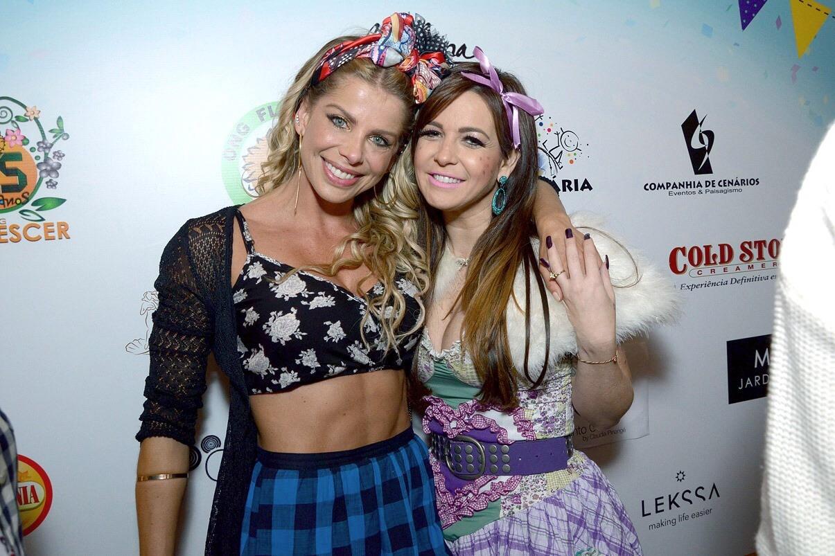 Ana Paula Saad e outros famosos se divertem em festa junina de Karina Bacchi
