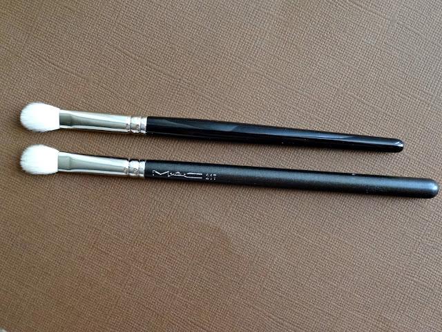 Hakuhodo J5523 Round & Flat Eye Shadow Brush Review, Photos & Comparison to MAC 217