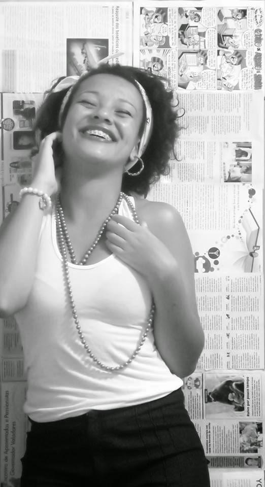 """Conheça o trabalho da Lariella """"Poesia Contínua"""""""