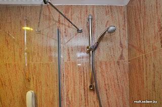 CrownPlaza hotel in Minsk - shower