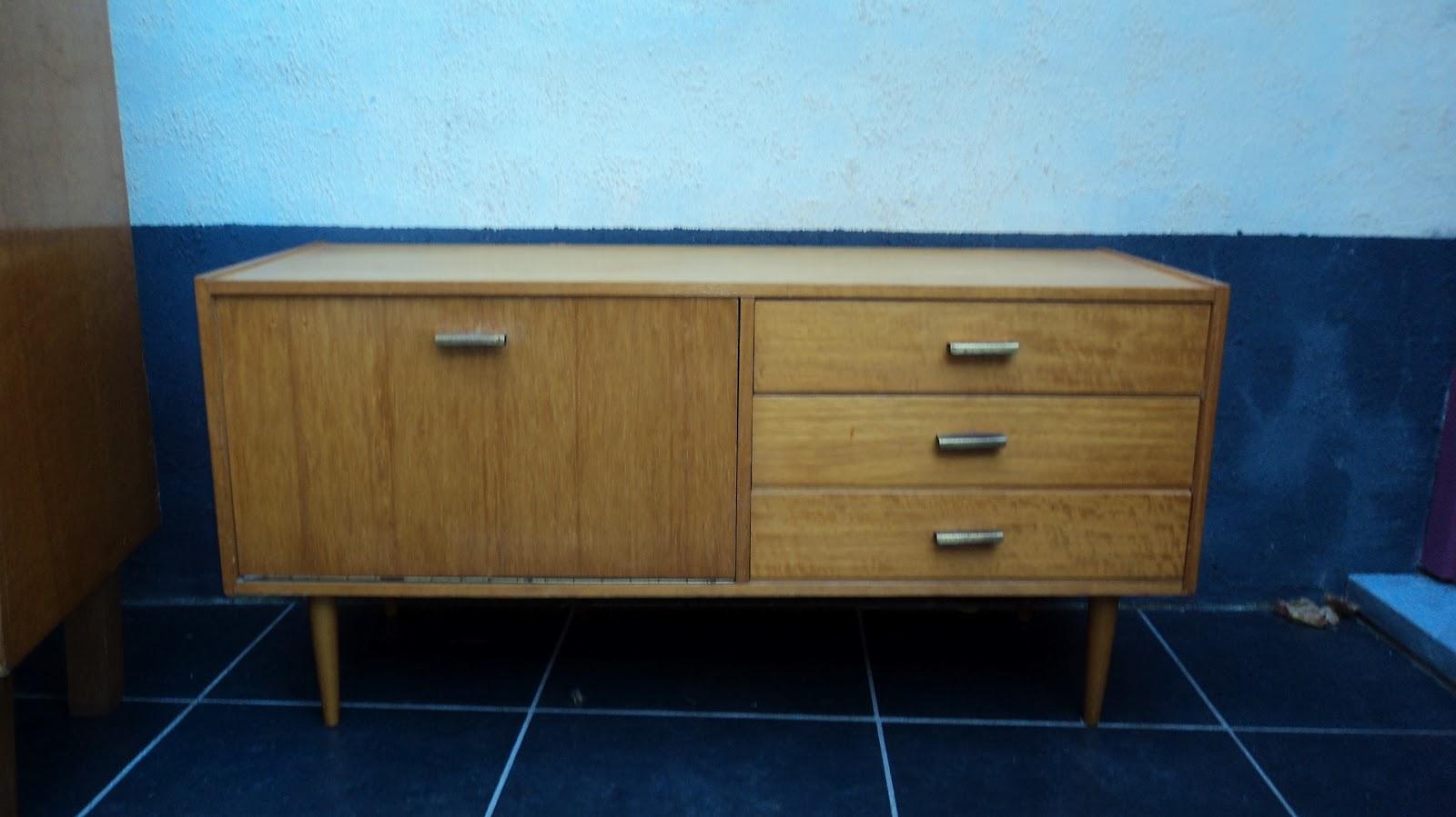 Lucie la chineuse meuble de style scandinave ann e 60 for Meubles domon lachine