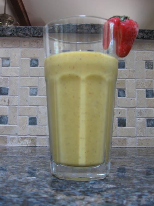 Healthy, Fit, Ageless: Kiwi, Banana, Honey Mango Smoothie Recipe
