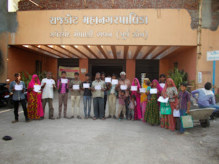Gadaliyaa Families A Nomadic Tribes From Gujarat Got Voter ID Cards, Adhar Cards, BPL Cards,