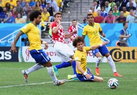 gambar laporan brasil vs kroasia di piala dunia 2014