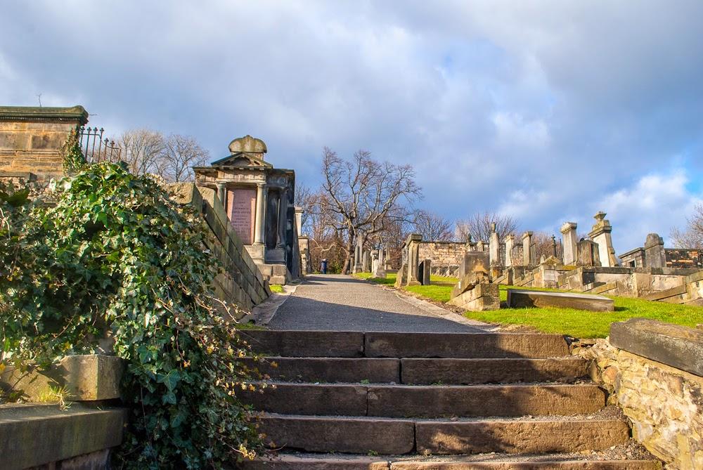 cemetery near calton hill