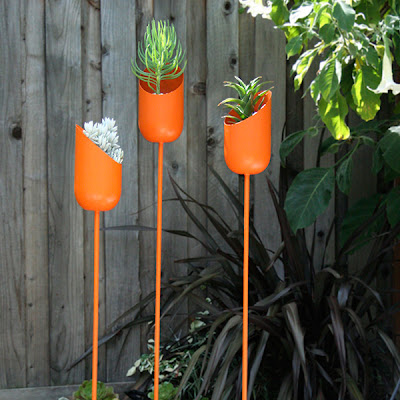 Modern Planters and Creative Flowerpot Designs (15) 8