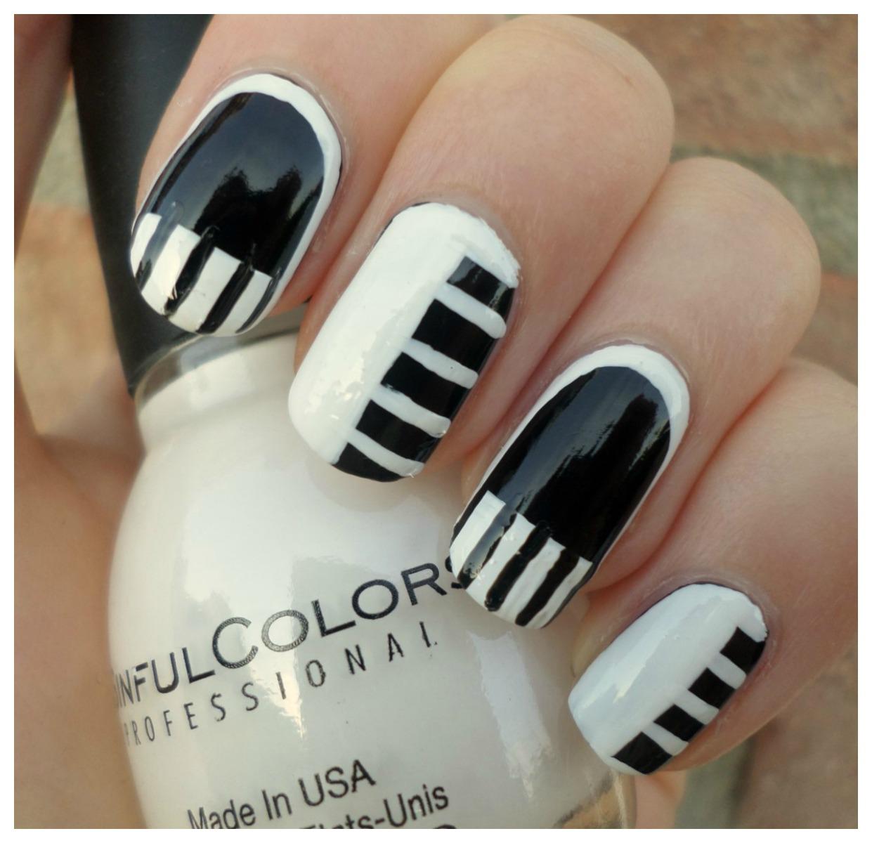 Creativenails4fun nail art piano manicure hallo lieve lezers vandaag deel ik weer een nieuwe nail art met jullie ja ik weet het ik maak de laatste tijd super veel zwartwitte designs maar toch prinsesfo Images