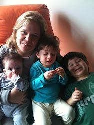 Maria Angélica e filhos