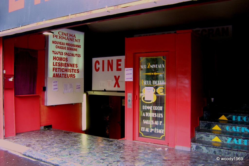 Cin fa ades axis paris 9 me for Strasbourg cinema