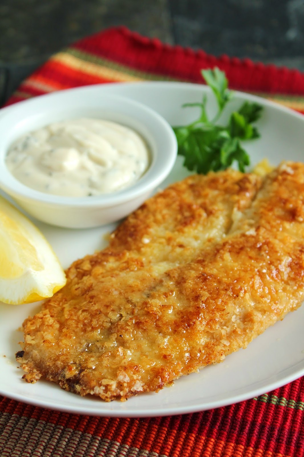 Low-FODMAP Recipe Roundup: Friday Fish Fry {Potato-Crusted Tilapia with No-Pickle Tartar Sauce}  /  Delicious as it Looks