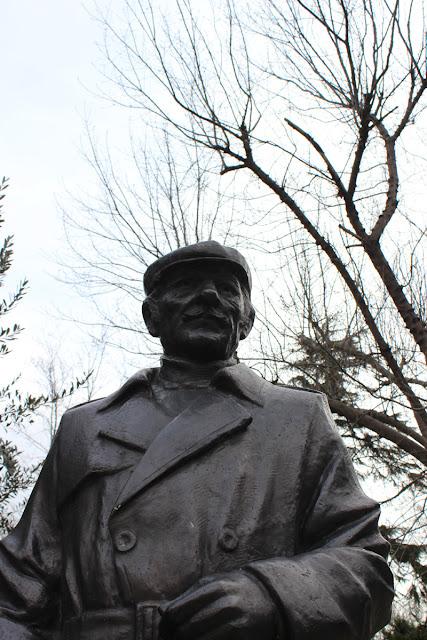 Süleyman Seba heykeli Beşiktaş