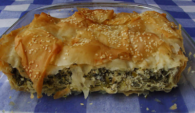 Spinach and filo pastry pie