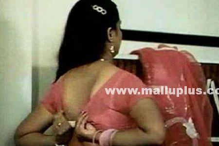 Indian Actress Saree Blouse Changing Pictures Desi Aunties