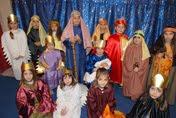 Eξαιρετική η Χριστουγεννιάτικη εκδήλωση της νεολαίας της Ενορίας μας (φωτο+video)