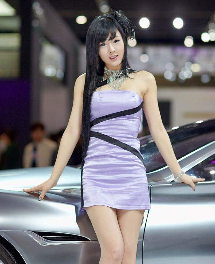 There Is A Car Show In Your Area Asian Racing Girls - Asian car show girls