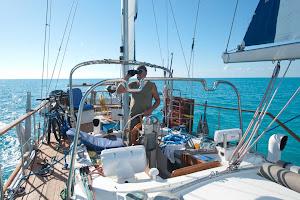 Zeilend over de wateren van de Bahamas