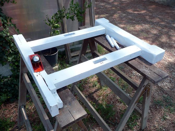 Decomondo recupero e decapaggio di un vecchio tavolo da for Tavolo legno vecchio usato