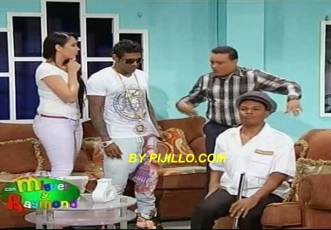 Omega (El Fuerte) Actuando En Comedia Com Miguel & Raymond